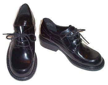 NINE WEST Black Patent Oxfords - 6M