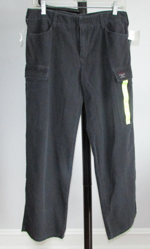 DKNY DONNA KARAN NEW YORK Black Cargo Capris Pants- 4